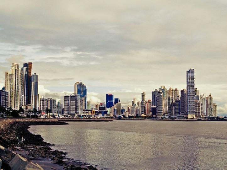panama-city-2163483_1920